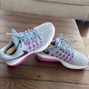Nike Zoom Pegasus 11 sneakers